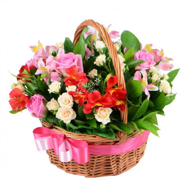 Композиции цветов в корзине купить минск